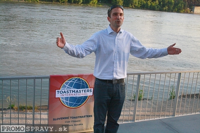 2012-07-18-toastmasters-meeting-open-eurovea-22.jpg