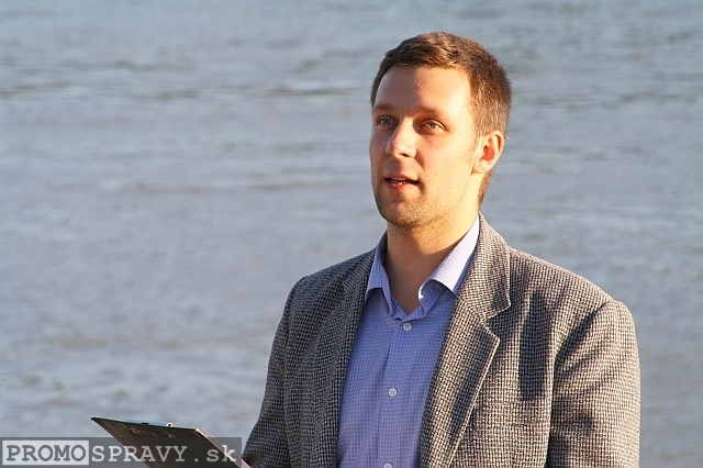 2012-09-06-toastmasters-meeting-open-eurovea-10