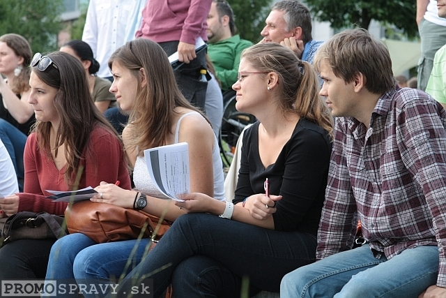 2013-08-14-toastmasters-meeting-open-eurovea-17.jpg